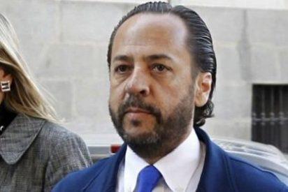 """'El bigotes' se dirige al juez del caso con un """"sí, señorita"""""""