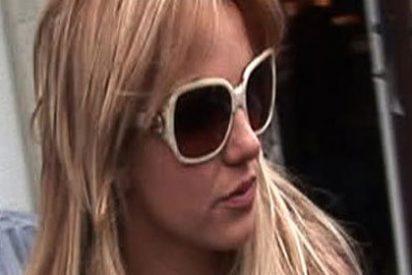Britney Spears pone de patitas en la calle a su entrenador personal