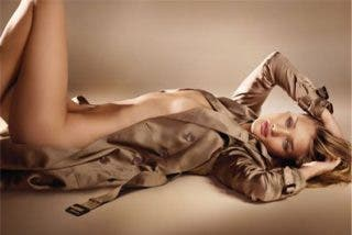 Rosie Huntington, el Body de Burberry