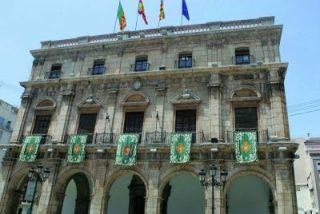 Los socialistas proponen eliminar dos plazas de sacerdote de la plantilla laboral de Castellón