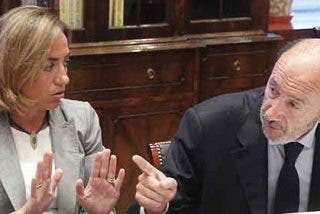 Las ambiciones de Rubalcaba y Chacón abren la guerra sucia en el PSOE