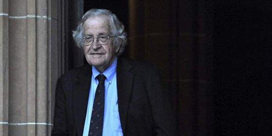 Chomsky vuelve a pedir a Chávez la liberación de la jueza Afiuni
