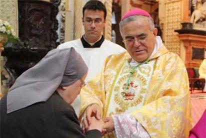 """El obispo de Córdoba dice que """"la alegría de la Navidad, si es auténtica, no deja resaca"""