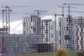 El precio de la vivienda continúa en caída libre en España
