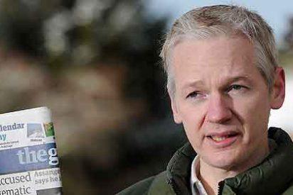 """Assange: """"Los usuarios de iPhone, Blackberry y Gmail estáis jodidos"""""""