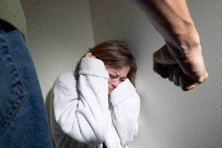 El programa de contratación de mujeres maltratadas logra la adhesión de 14 empresas