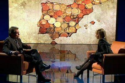 """Antich (La Vanguardia) ataca a Mònica Terribas (TV3) por """"interpelar' a Mas"""