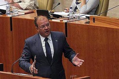 Parlamentarios de IU-Verdes-SIEX se reúnen con el Gobierno extremeño para tratar los presupuestos