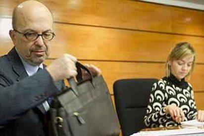 Nacho Villa sigue con sus 120.000 € de sueldo pero renuncia al Audi-6