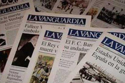 'La Vanguardia' recibe quejas por la mala calidad periodística de sus becarios