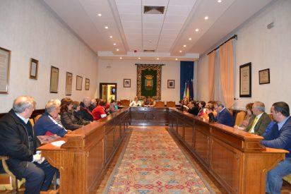 El Ayuntamiento pagará el 50% de la subvenciones adeudadas ante de fin de año
