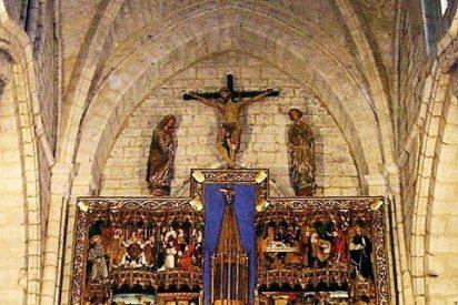 Descubren diez cantorales y un breviario romano en una iglesia de Palencia