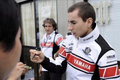 Jorge Lorenzo anuncia que ha aprobado el exámen teórico de moto