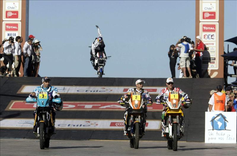 Ruso Novitskiy gana primera etapa del Dakar y Nani Roma es decimotercero