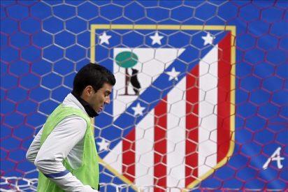 Reyes se entrena en el Vicente Calderón esperando cerrar su pase al Sevilla