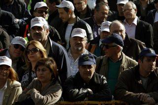 La UE y el FMI piden que el salario mínimo griego baje de los 600 euros