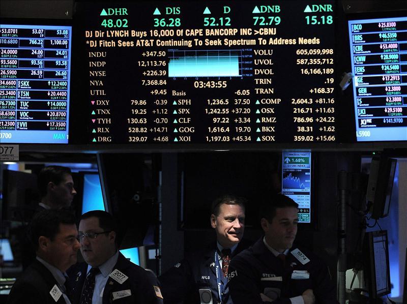 Bolsa de Nueva York cierra con bajada del 0,45 por ciento en el Dow Jones de Industriales
