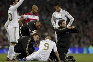Benzema, con un golpe en un sóleo, fue sustituido por precaución