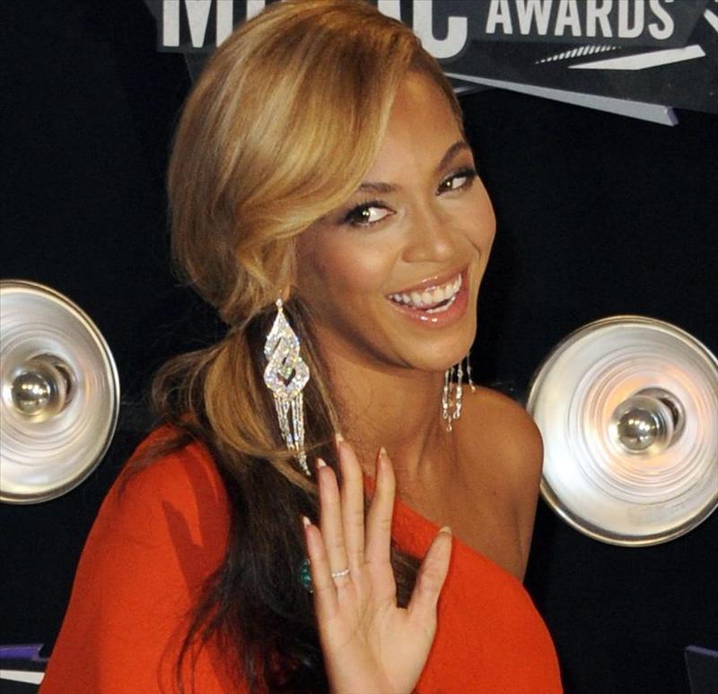 Beyoncé vuelve a casa rodeada de polémica y bajo grandes medidas de seguridad