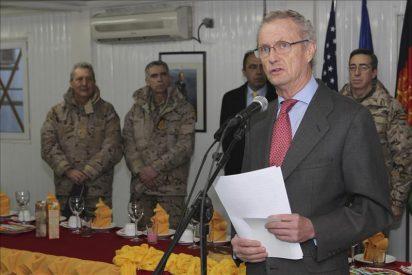 """El ministro de Defensa admite en Afganistán que esa misión conlleva """"elevados riesgos"""""""
