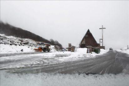 Diez provincias en alerta naranja por nieve