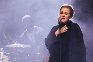 "La cantante británica Adele, la ""reina del karaoke"""