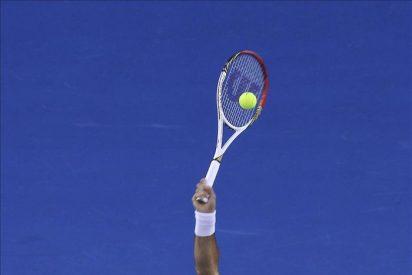 Federer pasa de ronda sin contratiempos y suma su 60 victoria en Melbourne