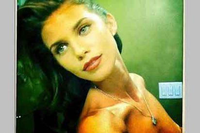 AnnaLynne McCord cuelga por error en Twitter una foto suya en topless