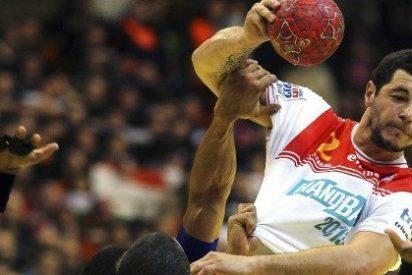 """El Mundo: """"Esa Francia eterna, campeona en todo, ese mito del deporte mundial al fin ha hincado la rodilla en tierra"""""""