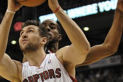 Bargnani acaba con los Suns y corta la mala racha de Toronto Raptors (96-99)