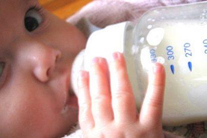 Los bebes alimentados con leche materna son más llorones