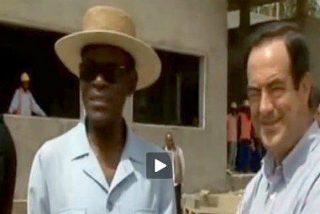 ¿Qué hace José Bono en Guinea con el sátrapa Obiang?