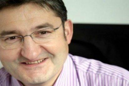"""Óscar Campillo, director de 'Marca': """"Lucho contra el 'periodismo de club' que retuerce la calidad y engaña"""""""