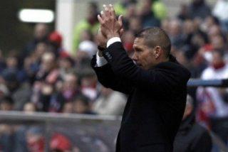 El Atlético golea con Simeone en su estreno en el Vicente Calderón (3-0)