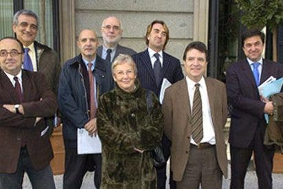 """""""Quieren suspender la emisión de series líderes en audiencia de TVE para que se note el tijeretazo del PP"""""""
