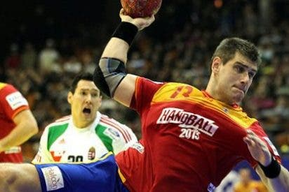 Hungría y España empatan con polémica en balonmano (24-24)