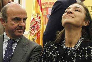 Con más de 20.000 firmas reclaman a De Guindos la destitución de Vela