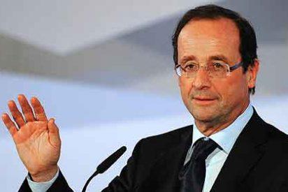 Sarkozy compra el dominio del socialista Hollande para ridiculizarle