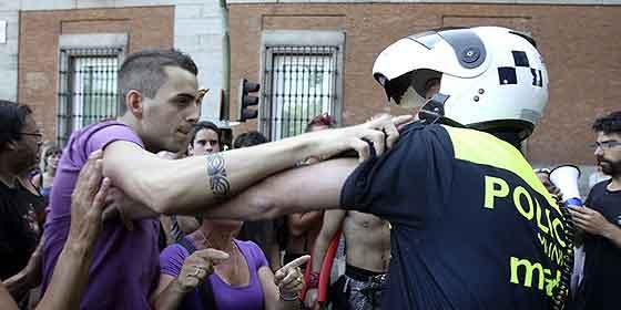 Human Rights Watch critica el 'uso excesivo de la fuerza' contra el 15-M