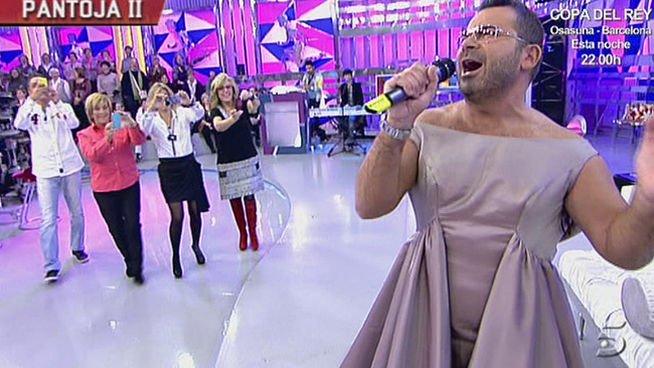 Jorge Javier Vázquez se desnuda y se pone un vestido de la Pantoja en directo