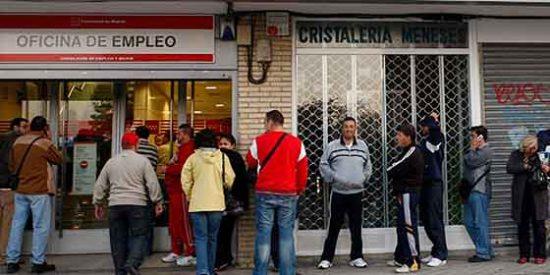 El paro juvenil en España cuadruplica la tasa mundial