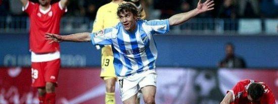El Málaga colabora en la crisis de Marcelino en el Sevilla (2-1)