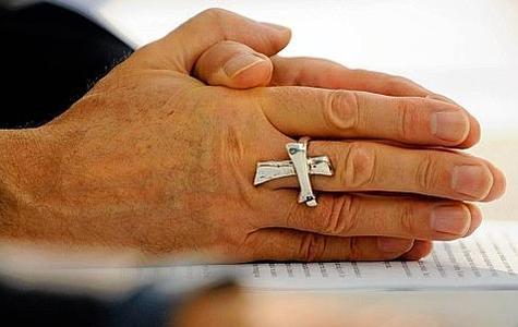 Bélgica investiga si la cúpula católica encubrió abusos sexuales de sacerdotes