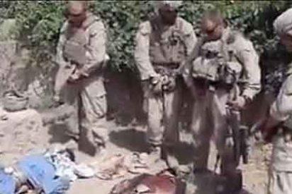 El Pentágono investiga a comandos de élite por mear encima de los taliban