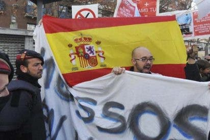"""Los mossos le cantaron el """"¡Que viva España!"""" a Artur Mas"""