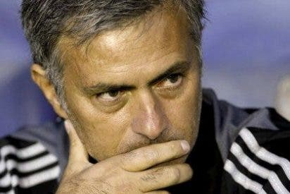 """José Carrascosa, psicólogo deportivo, analiza la bronca de Mourinho a sus jugadores: """"La autoridad no se gana a gritos, sino seduciendo al grupo"""""""