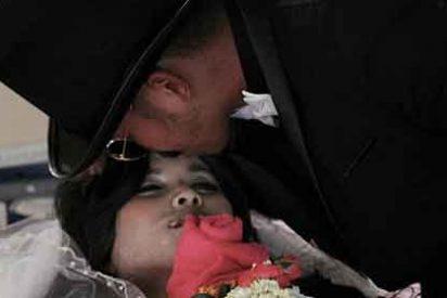 Se casa con el cadáver de su novia para unir sus almas en la eternidad