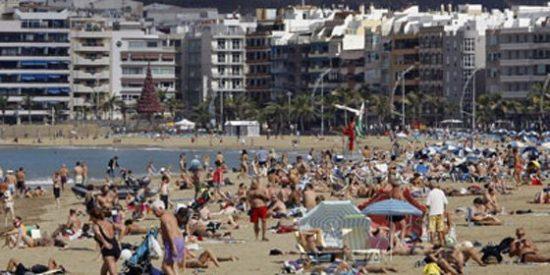 Canarias alcanza casi 90 millones de pernoctaciones en 2011