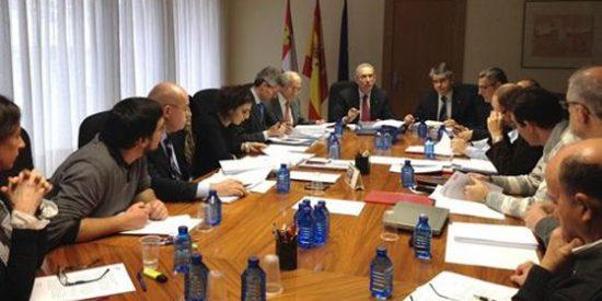 Consejo Económico y sindicatos contra la subida de impuestos en CyL