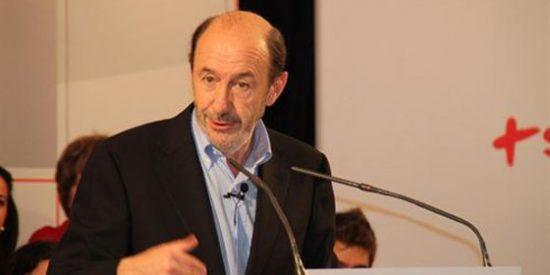 """Rubalcaba promete al PSOE canario """"más peso"""" en la Ejecutiva"""